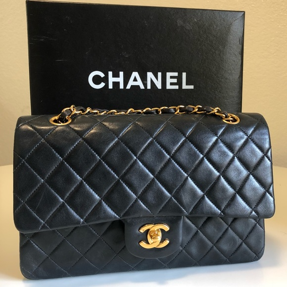 7dccc0a65223f2 CHANEL Handbags - Vintage Chanel Classic Flap